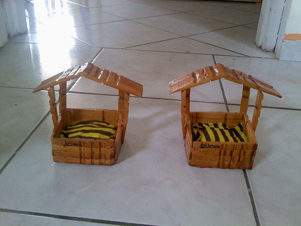 bricoler avec des pinces linge en bois. Black Bedroom Furniture Sets. Home Design Ideas